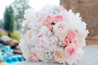 florida pink bride bouquet