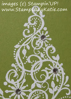 card made with Stampin'UP! stamp set: Snow Swirled and Rhinestones