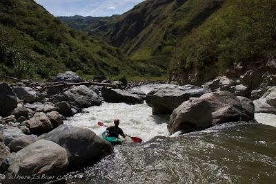 Jared Page heading towards the gorge, Chris Baer, colombia, junambu