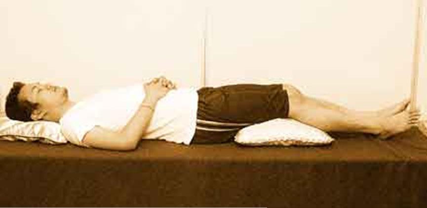 Hasil gambar untuk cowok tidur telentang