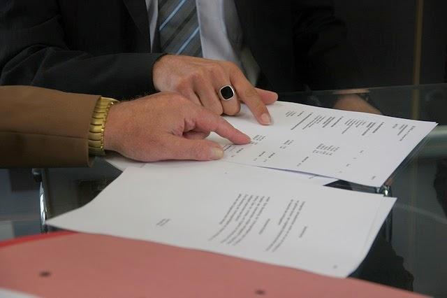 契約書検討の画像