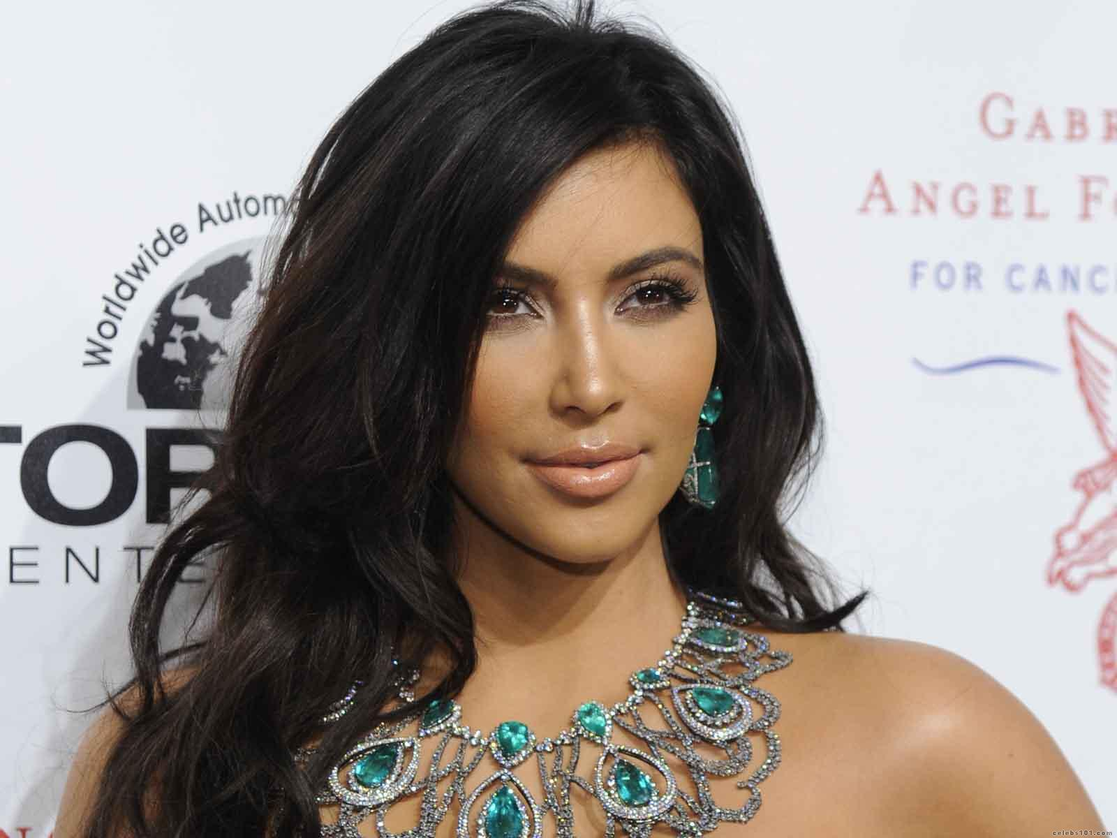 http://2.bp.blogspot.com/-t3Rp2cZOt4s/UJHI1kv709I/AAAAAAAAdkA/GWK13E8DrX0/s1600/Kim_Kardashian_quotes.jpg