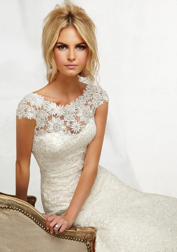 Wedding dress high 3