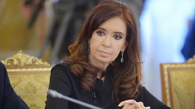 """Cristina Fernández tacha de """"extorsión"""" el fallo de EE.UU. sobre los """"fondos buitres"""""""
