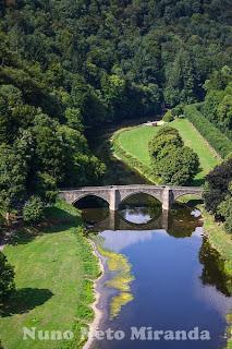 """alt=""""river, rio, bridge, ponte, paisagem, landscape, Château de Bouillon"""""""