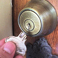 Locksmith Spokane broken key