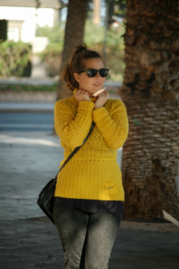 look_outfit_jersey_amarillo_mostaza_guess_nudelolablog_05