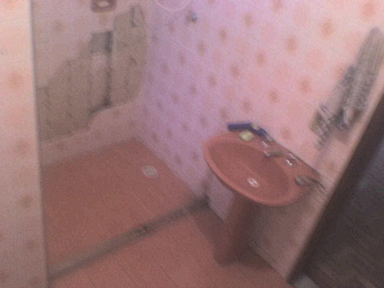 Com a umidade dentro da base do armário haverá a geração de  #8D4D3E 1280x960 Armario Banheiro Encaixe Coluna Pia