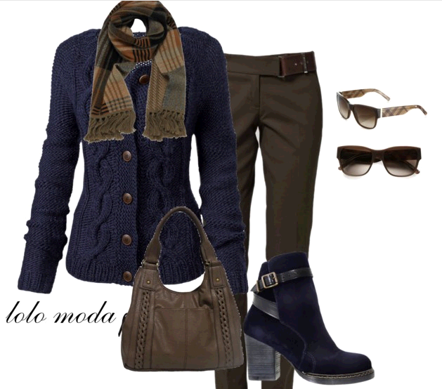 Fashionable travel clothes