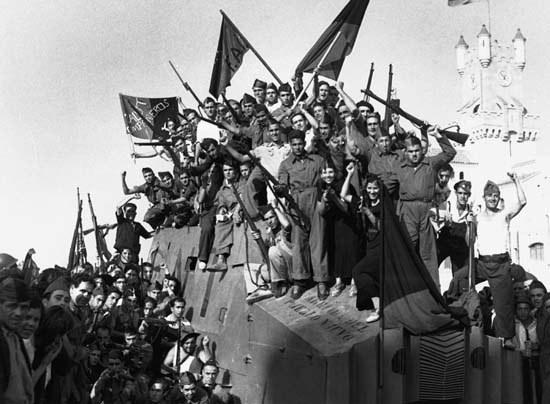 [Imagen: Durruti%2BRevolucion%2Bespa%25C3%25B1ola...NT-AIT.jpg]