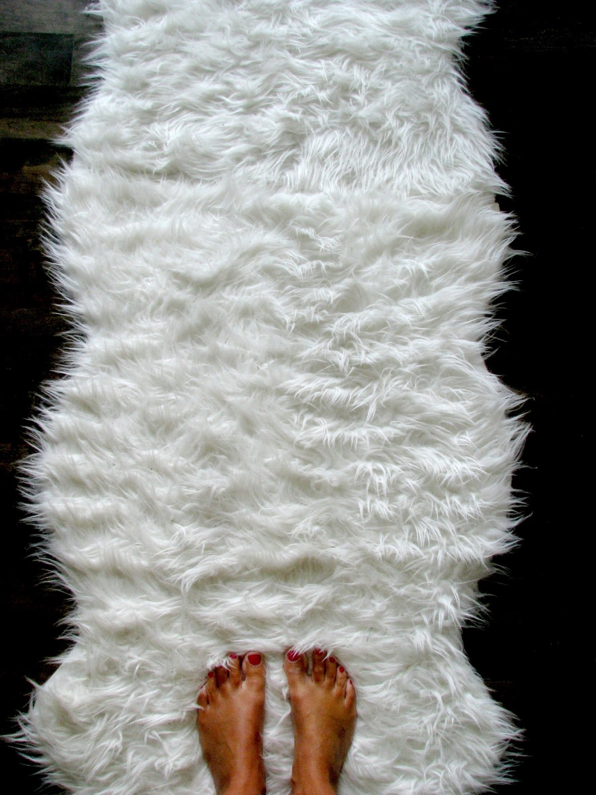 Life Love Larson Diy Faux Fur Runner
