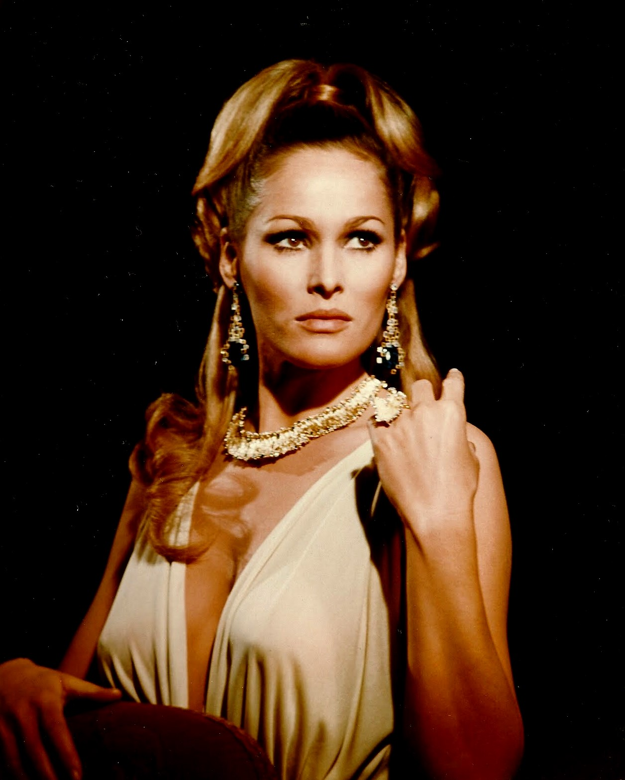Andress Ursula Andress Peter Cushing Christopher Lee Ursula AndressUrsula Andress Movie
