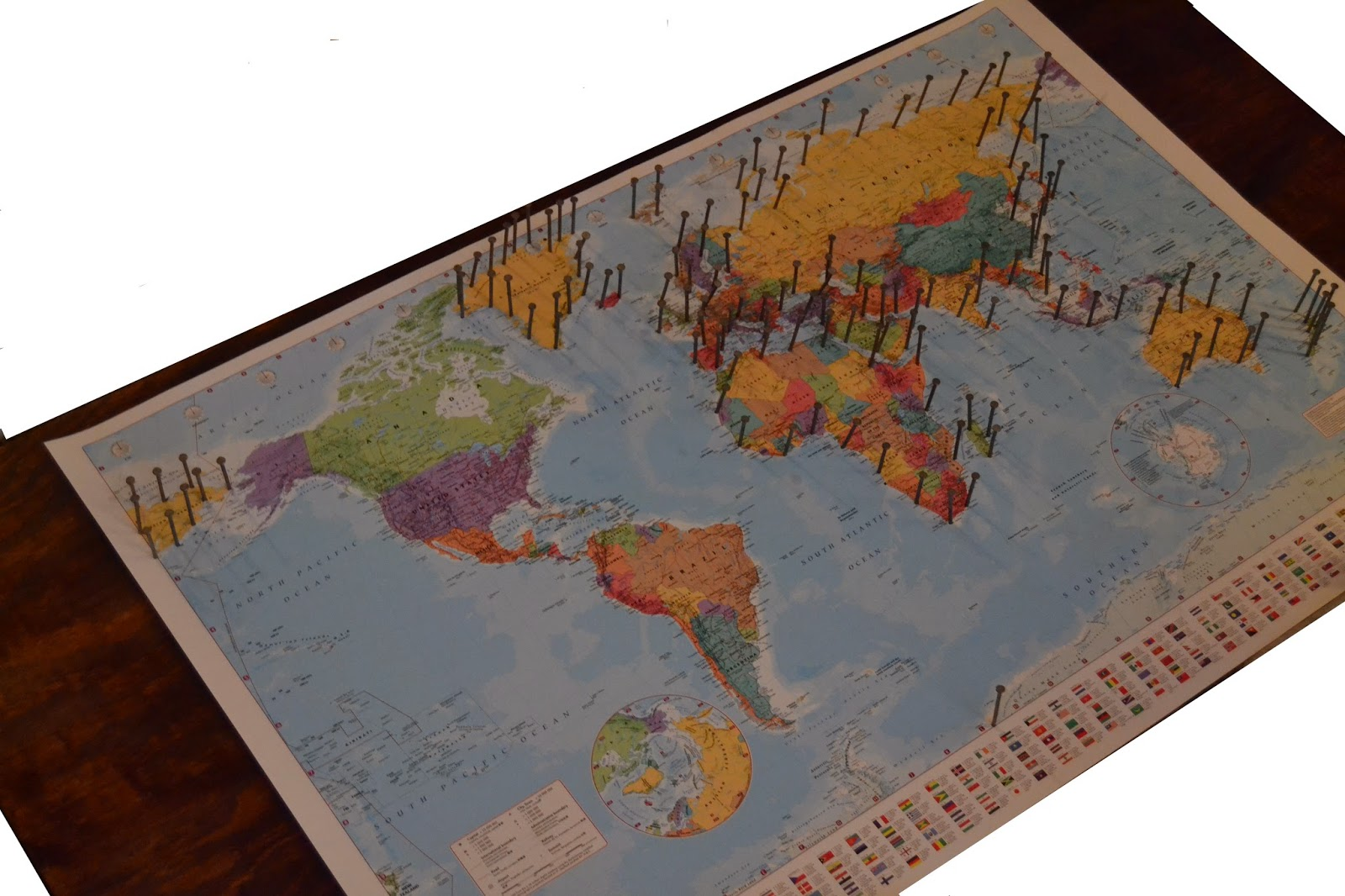 HOW TO STRING ART WORLD MAP