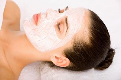 خلطة طبيعية لتبييض بشرة الوجه خلال نصف ساعة