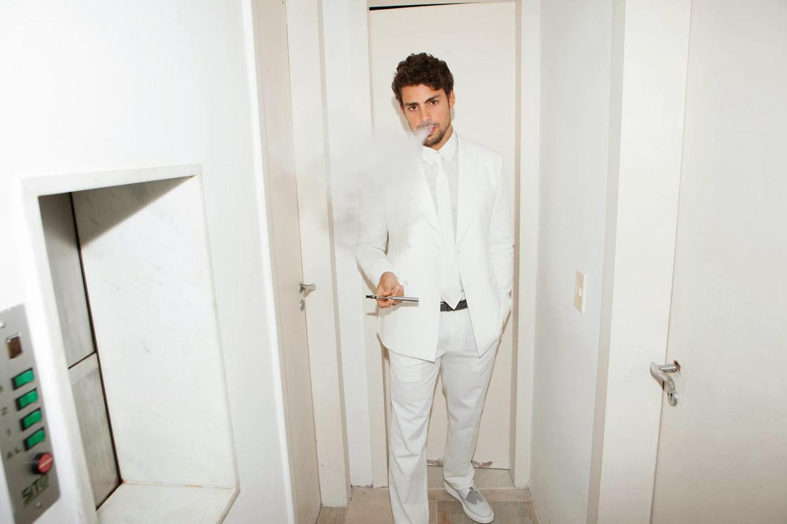 Cauã Reymond sexy para a L'Officiel Hommes