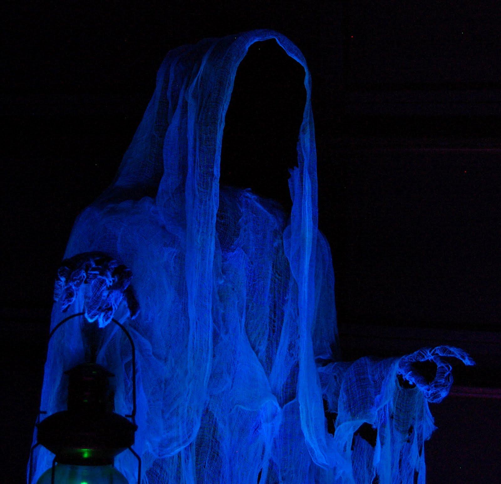M M Halloween Decorations