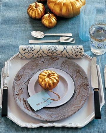 Thanksgiving in blue tablesetting