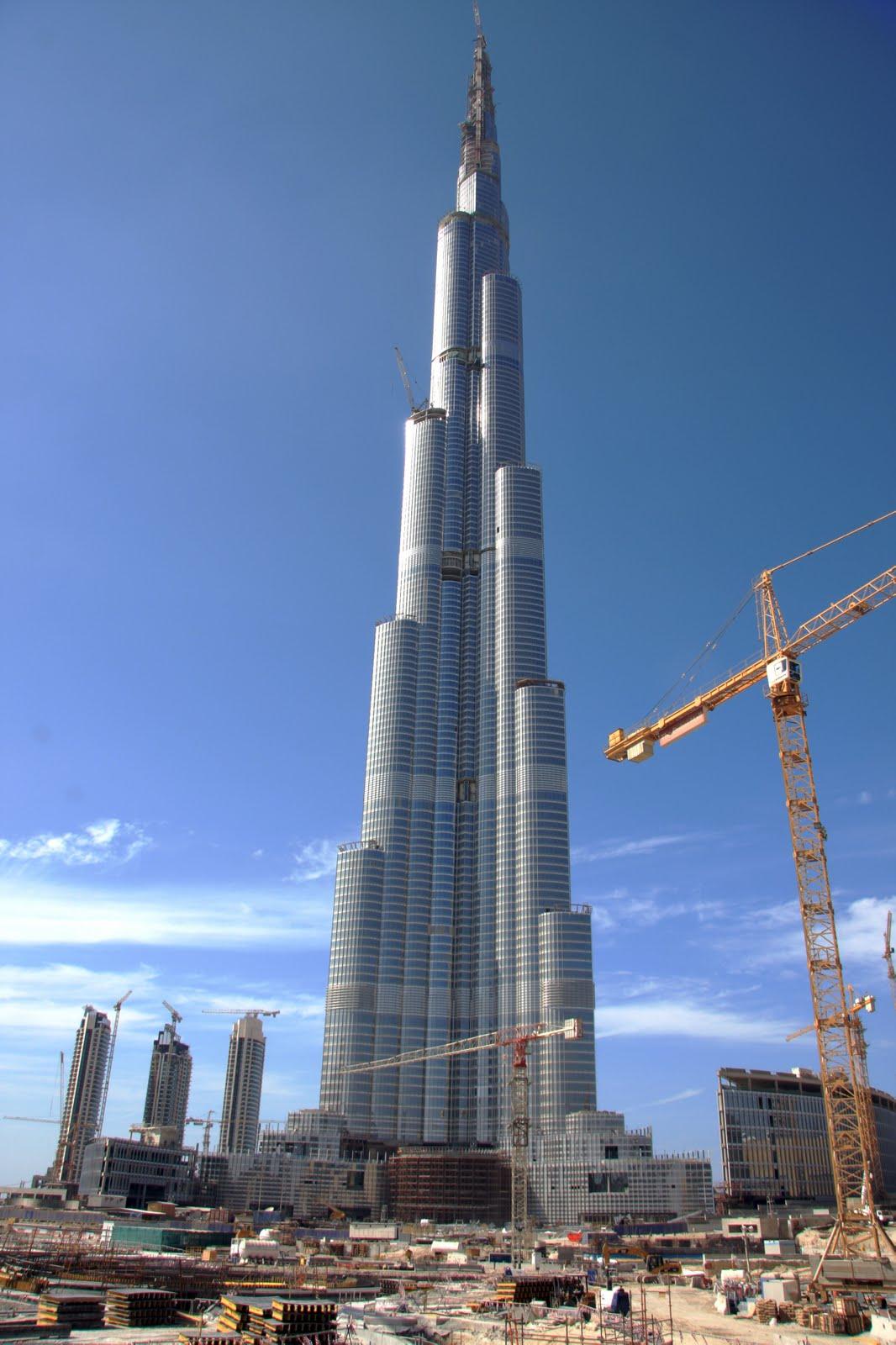 The World Visit Burj Dubai Tower At Night