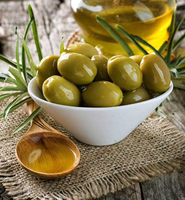Green olives, All about olive oil, Mediterranean Diet, Olive Varieties, Greek Olive Oil, healthiest foods,