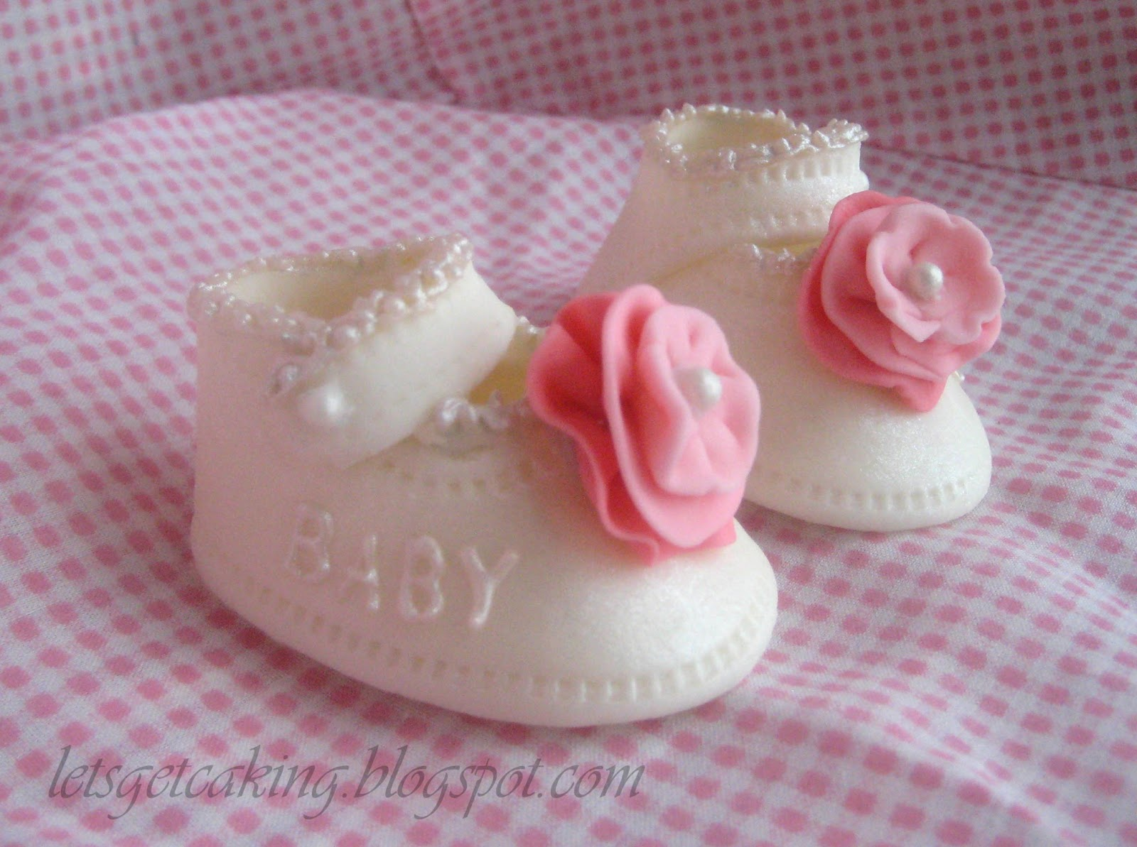 Baby Shoe Template For Fondant | Let S Get Caking Baby Shoes And Pink Flowers