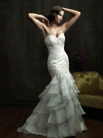 8815F Весільні сукні 2012: основні тенденції
