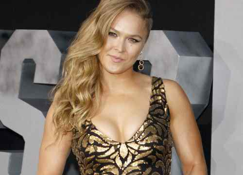 5 Moments from SNL That Made Us Want to Be BFFs with Ronda Rousey