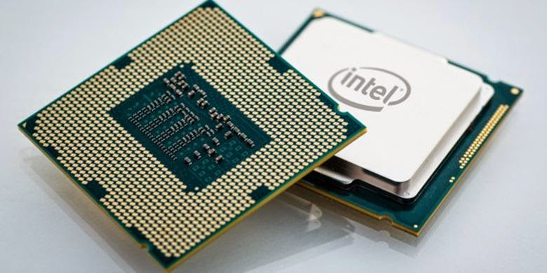 Processor Core-i7 Extreme Edition - Prosesor Desktop 8-Core Pertama