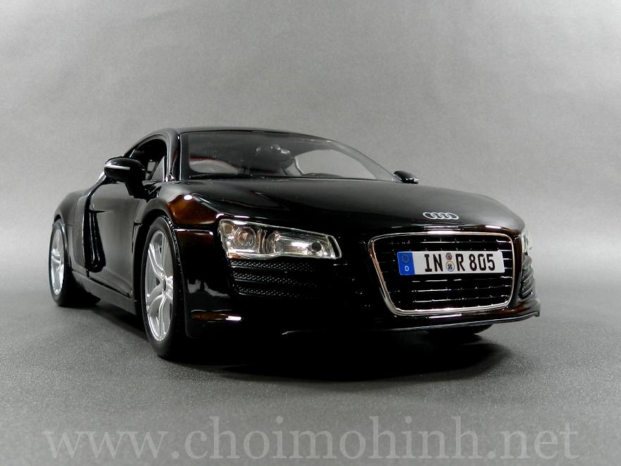 Audi R8 1:18 Maisto