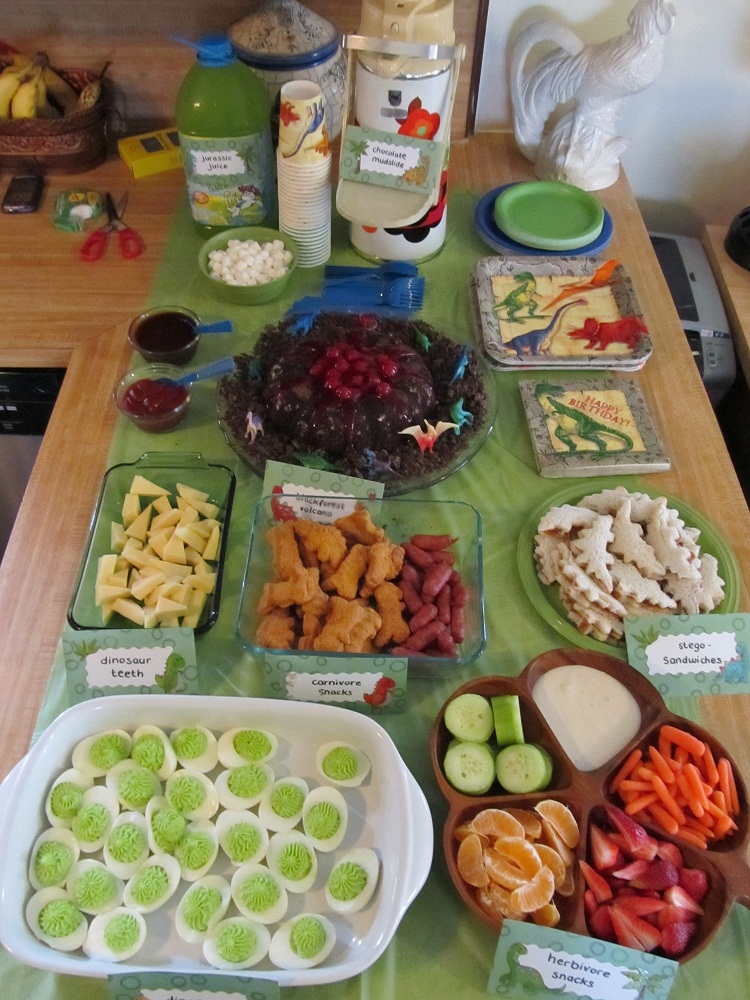 Dinosaur Party food  Party ideas  Pinterest