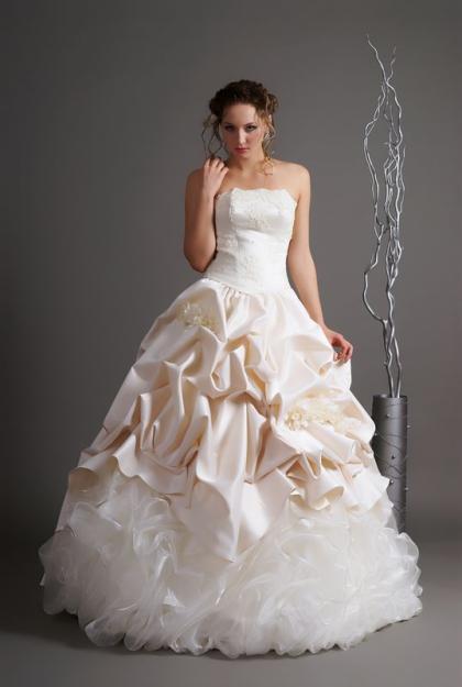 Свадебные платья с фото 10 фотографий