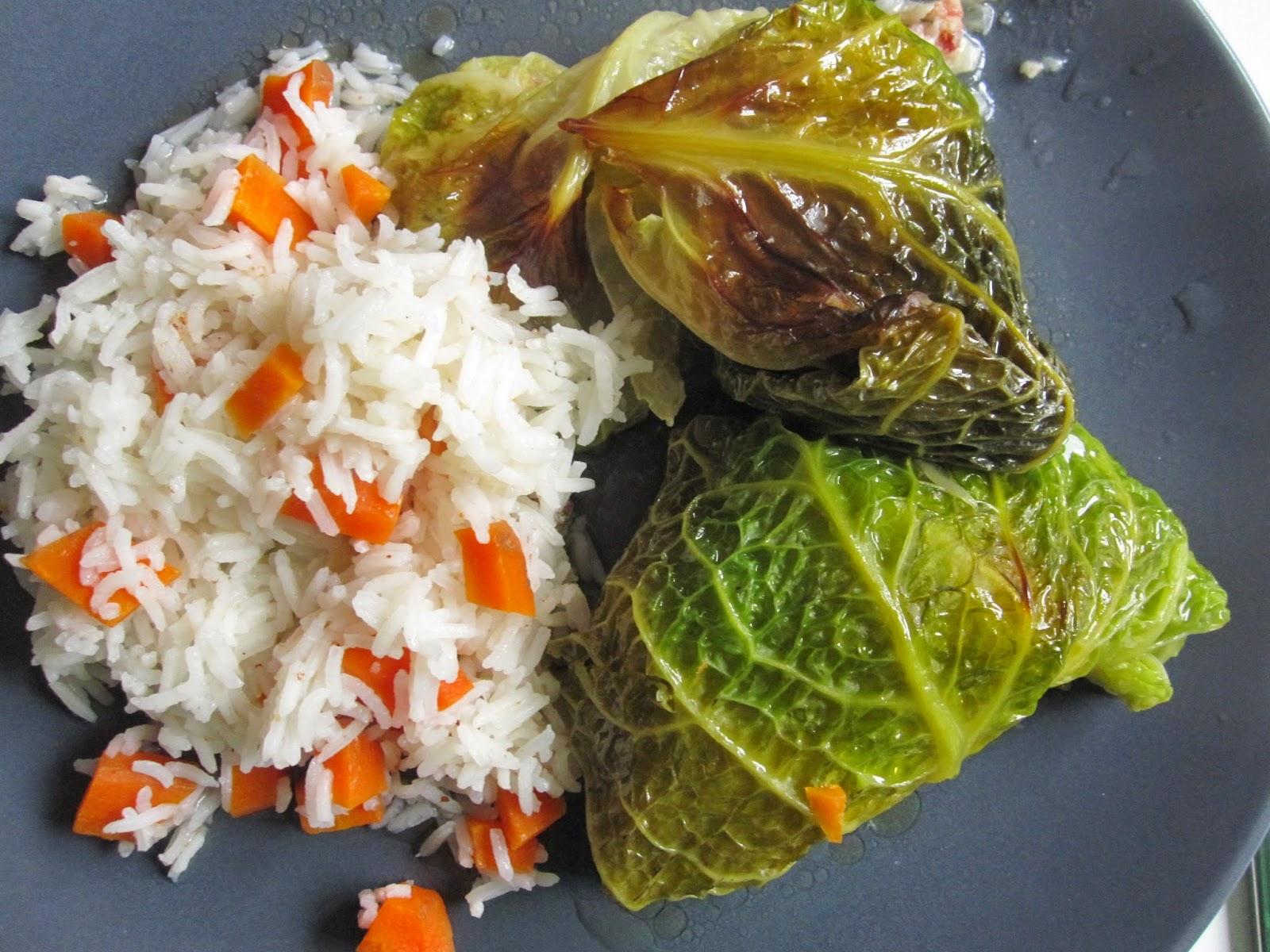 La petite cuisine chou farci la saucisse de morteau - Comment cuisiner la saucisse de morteau ...