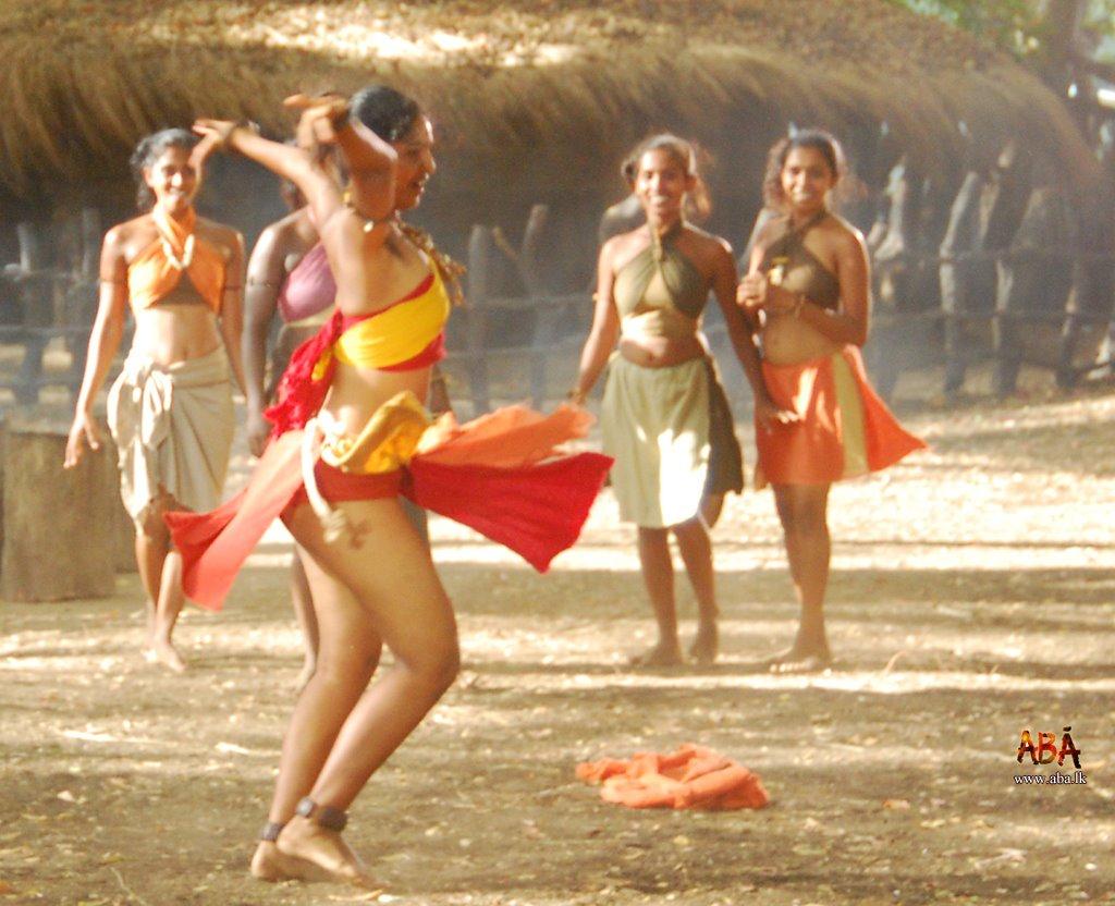 Dulani Anuradha Hot Actress
