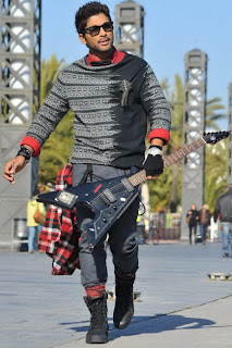 HOT PICTURE: Allu Arjun Iddarammayiltho Latest Stills
