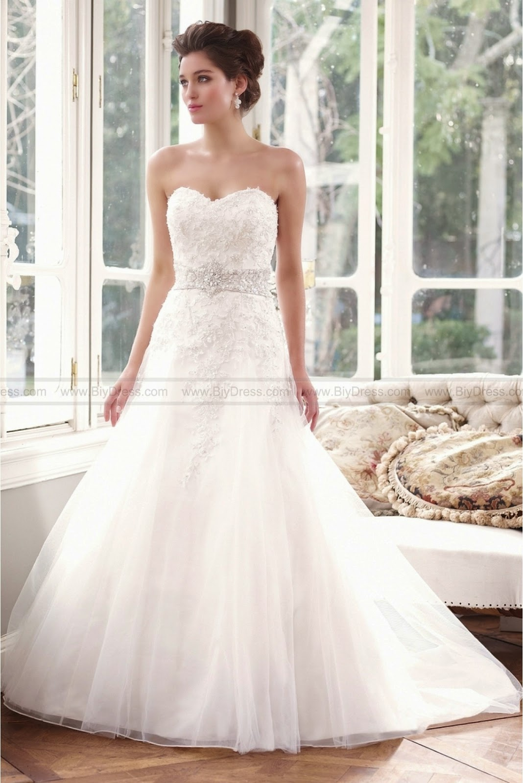 Mia Solano Wedding Dress Is Loved By Many Brides
