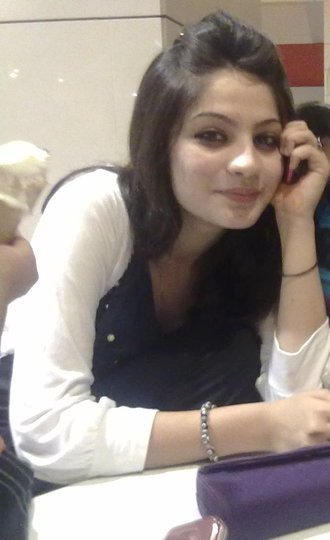 Neelam Muneer Hot Wedding Family Pictures Wallpapers - quoteko.
