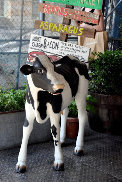 Cow Outside Bubby's in New York, NY | Taste As You Go
