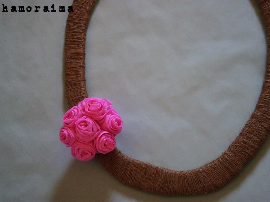 Taller de marcos Anita: Como hacer un marco con flores de papel crepé.