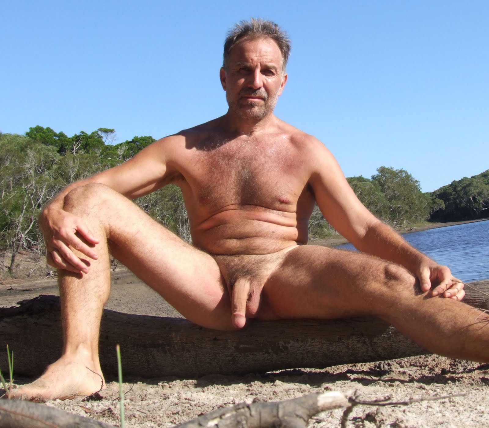 http://2.bp.blogspot.com/-t88Bls6kibw/TZzkVmf9_KI/AAAAAAAAY9Y/8Y5Q4RartCw/s1600/JR3.jpg