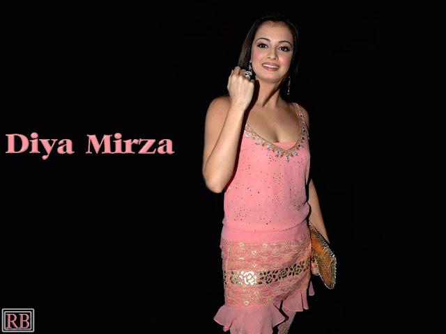 Dia Mirza Cool Sexy Photos