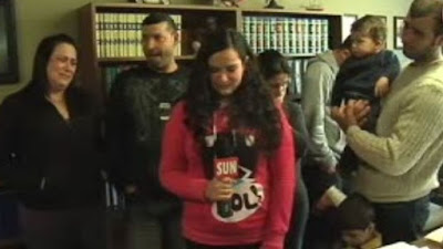 Família de portugueses deportados do Canadá já comprou bilhetes para regressar aos Açores