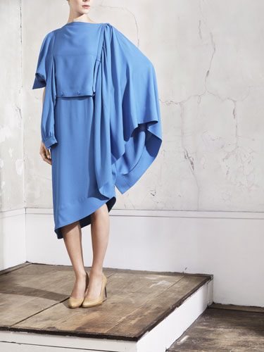maison martin margiela per h&m, margiela for hm, margiela hm blu dress, margiela hm capsule collection, the unoriginal sin