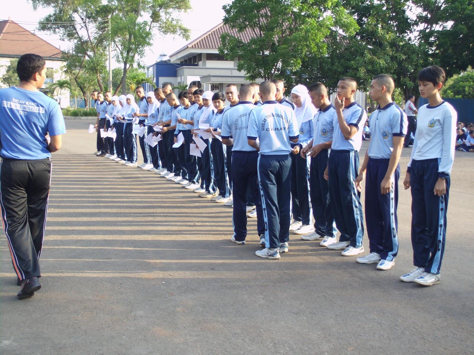 Suasana Ketika Pelaksanaan Test di Gedung Olahraga (GOR) STTD