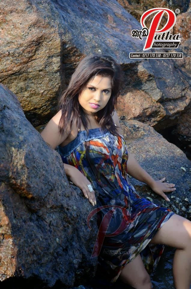 sri lanka model Tharu Arabewaththa latest hot sexy