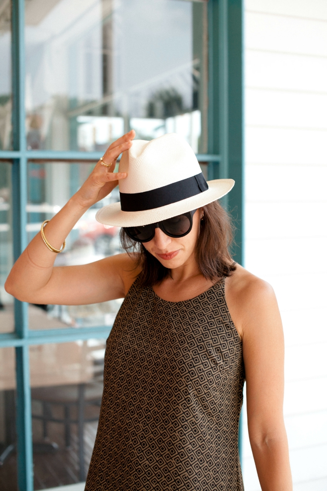 Woodzee sunglasses, panama hat