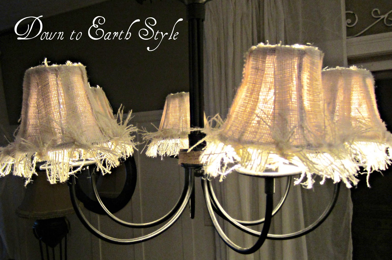 Down to Earth Style: Raggy Burlap Lamp Shades