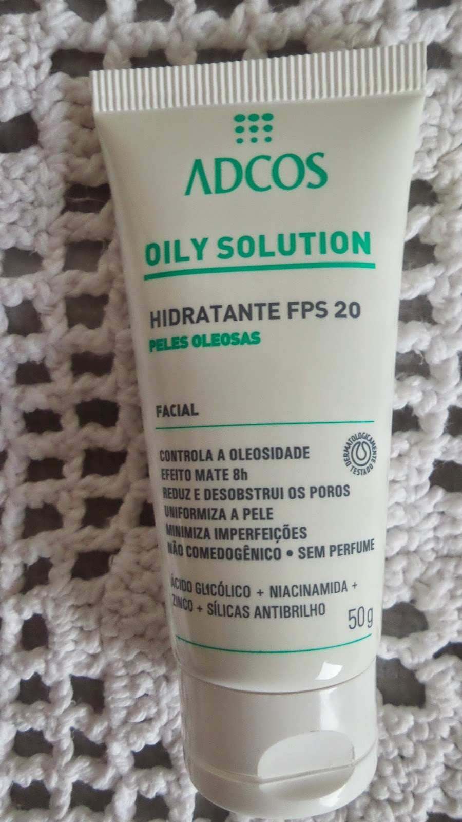 Hidratante FPS 20 Oily Solution Adcos
