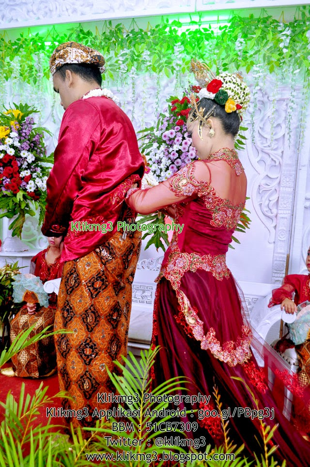 Wedding : Dewi & Yoga || Fotografer : Klikmg3 Fotografi ( Fotografer Purwokerto )