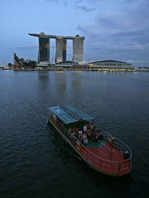 Marina Bay Sands by cool wallpapers