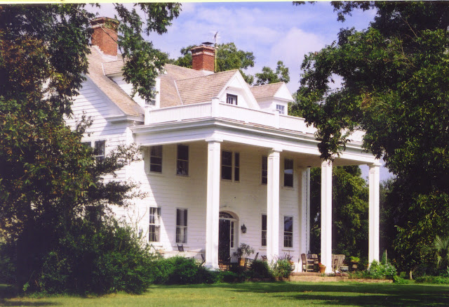 Front facade of the House From The Notebook