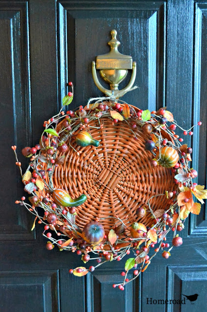 orange chalk painted basket fall wreath  www.homeroad.net
